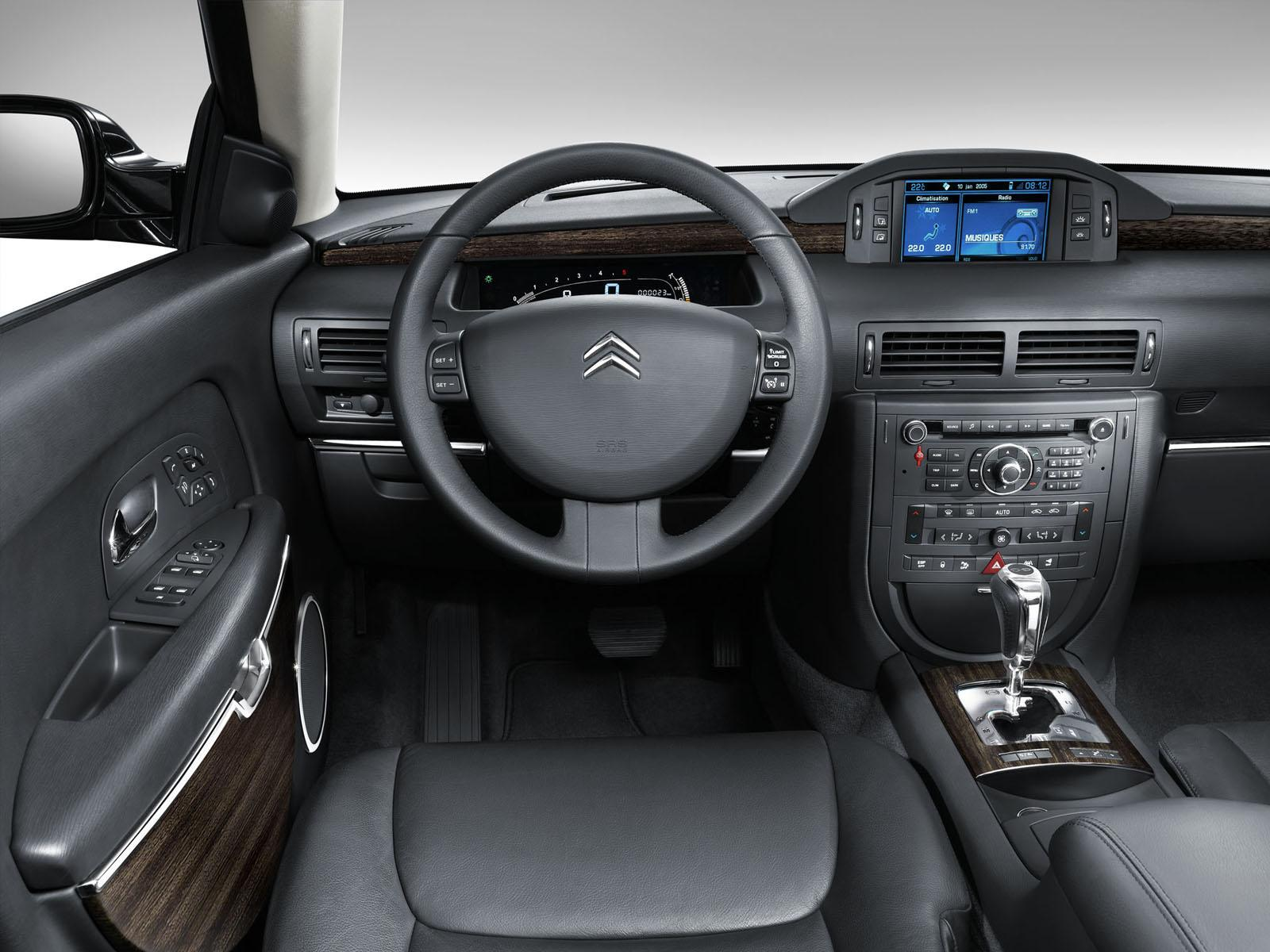 Inside C6 V6 HDi Exclusive 2005