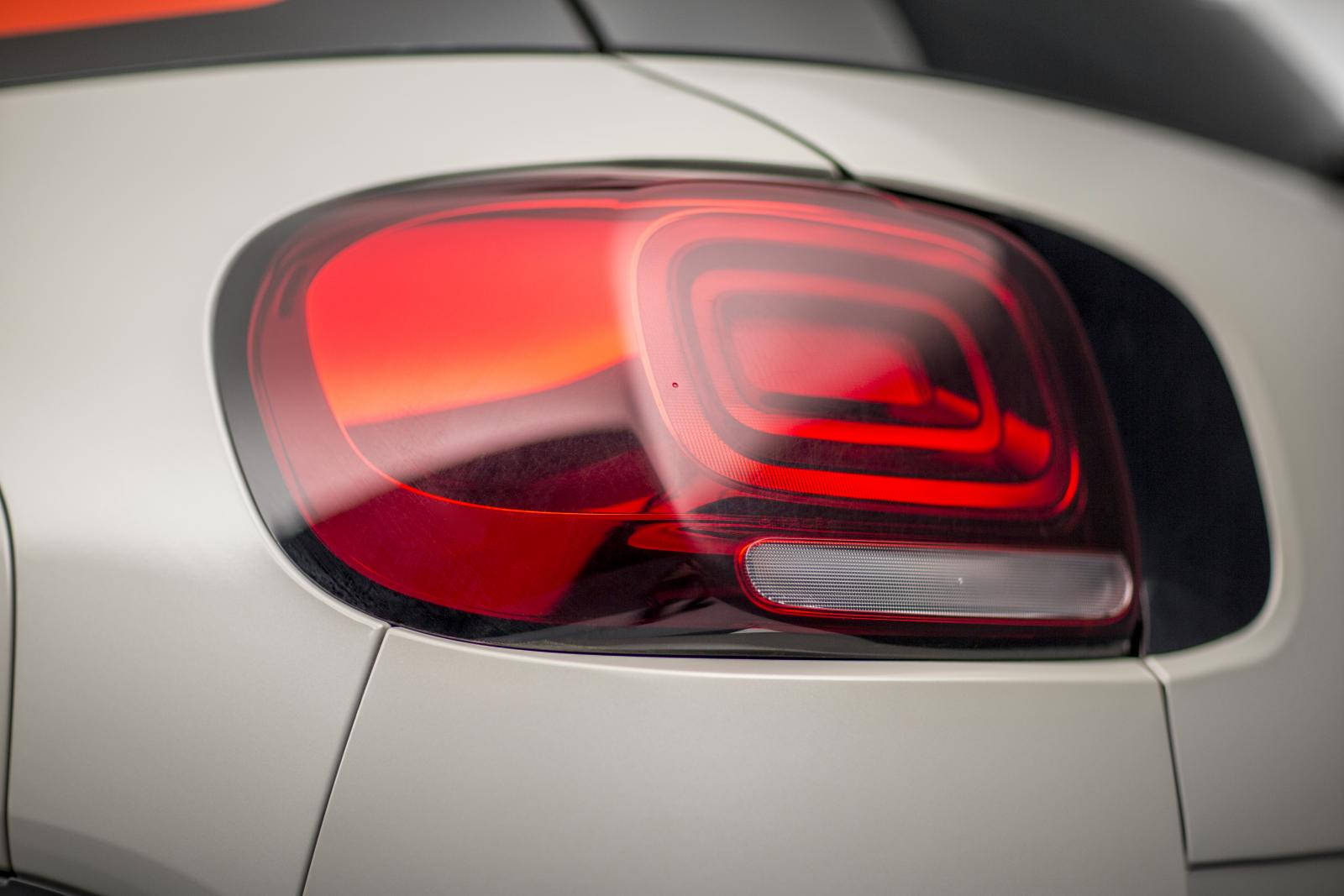 C3 Aircross Compact SUV - Rear Light