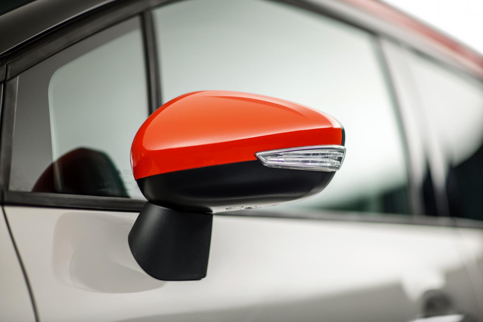 C3 Aircross Compact SUV - Wing mirror