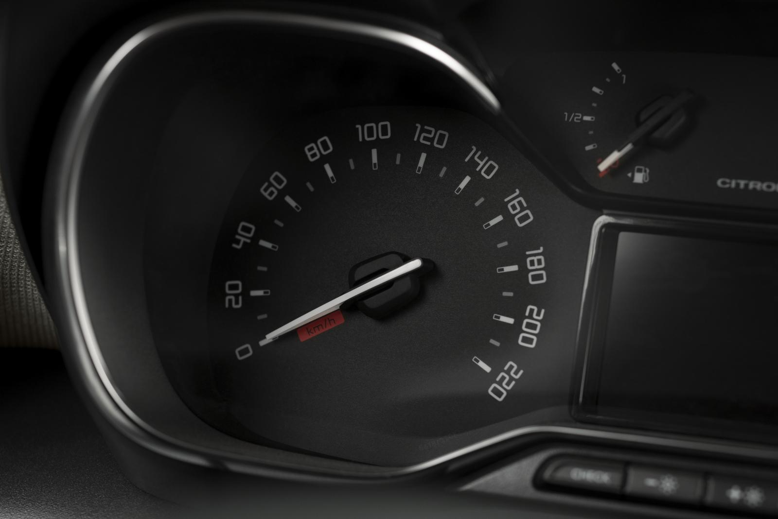 C3 Aircross Compact SUV - Speedometer